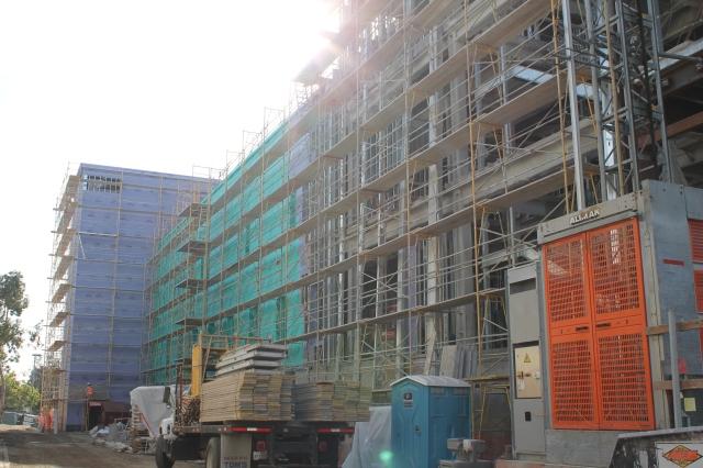 Construction 023
